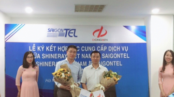 The signing ceremony of cooperation between SAIGONTEL and Vietnam Shineray Motor Co., Ltd